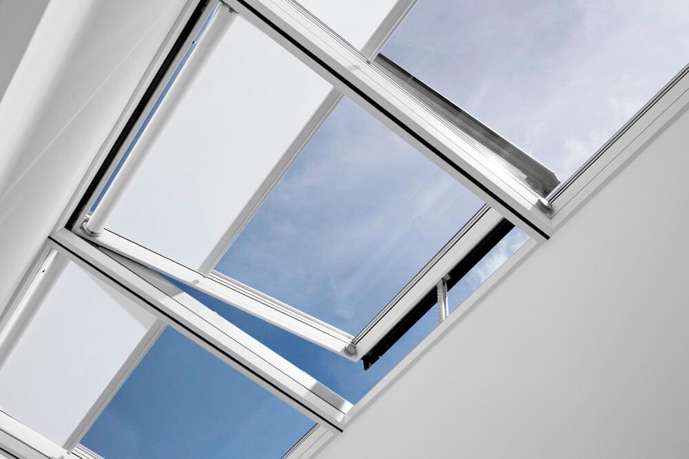 Dachflaechenfenster_Flachdach_velux_120114-01-XXL